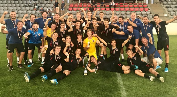 Hrvatska U-17 ponovno osvojila Telki Cup sa sve tri pobjede
