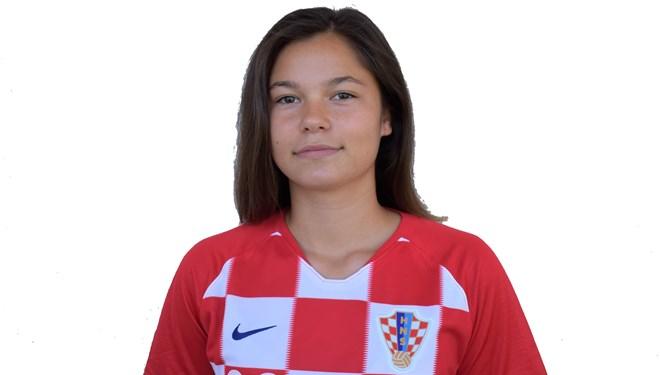 Lucija Zovak