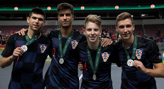 Hrvatska U-19 srebrna na premijernom EP-u!