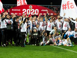 Croatia comeback against Slovakia seals EURO 2020 berth!