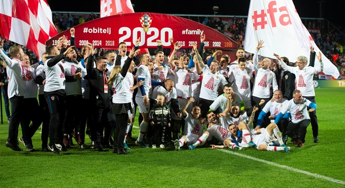 Croatia comeback against Slovakia seals EURO 2020 berth!