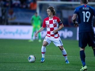 Kapetan Modrić dva puta izabran u momčadi desetljeća