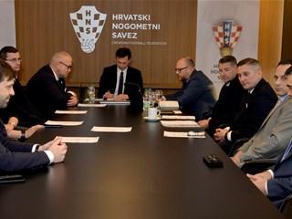 Prvi sastanak novog sastava Zdravstvene komisije HNS-a