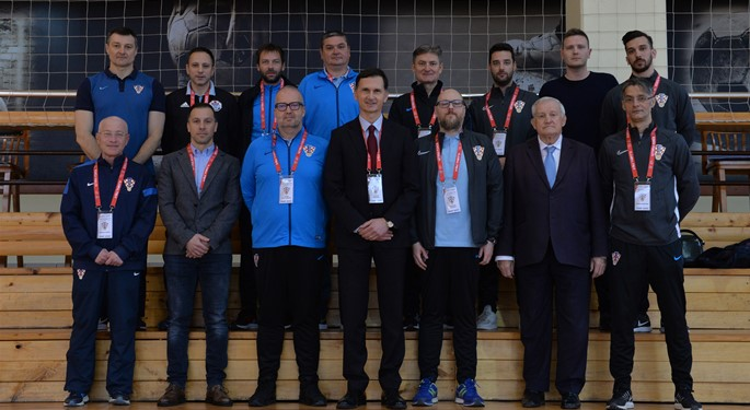 Video: U Zagrebu otvoren Medicinski simpozij HNS-a
