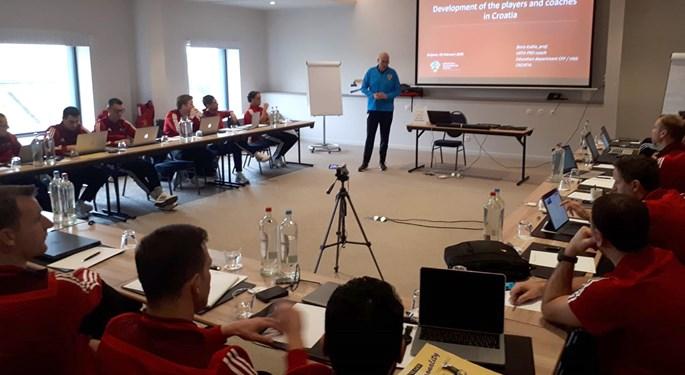 Boris Kubla predavač na školovanju belgijskih trenera u Bruxellesu
