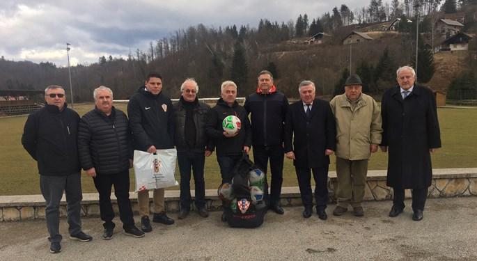 Delegacija HNS-a u prvom posjetu NK Snježnik Gerovo