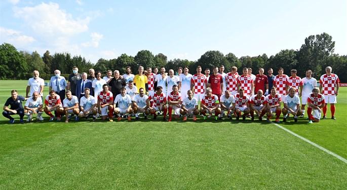 Revijalna utakmica veterana Slovenije i Hrvatske