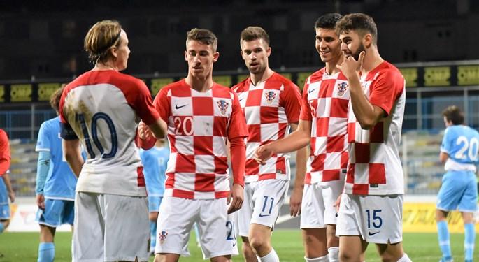 """Video: Hrvatska U-21 """"desetkom"""" preskočila San Marino"""