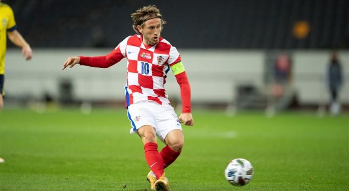 Luka Modrić treći najbolji playmaker prošlog desetljeća