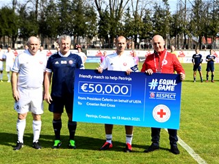 Football legends of Croatia and Slovenia unite to help areas hit by earthquake