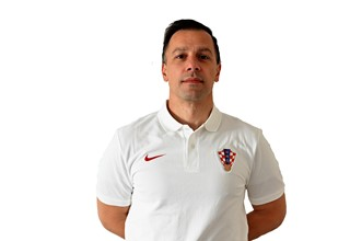 dr. Mislav Rakić