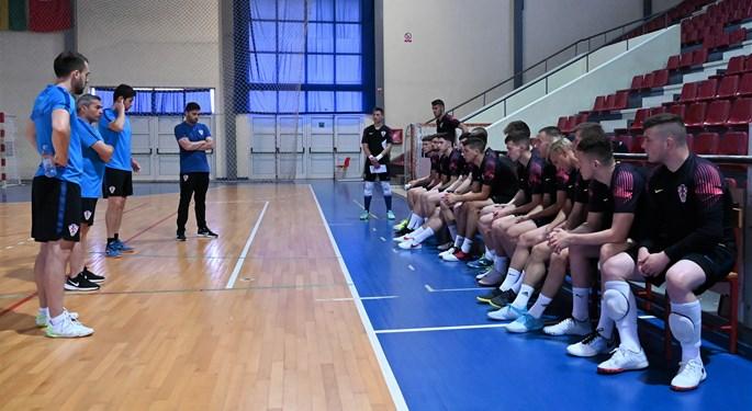 Hrvatska U-19 reprezentacija otvara s Crnom Gorom