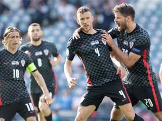 Croatia and Czech Republic share the spoils in Glasgow