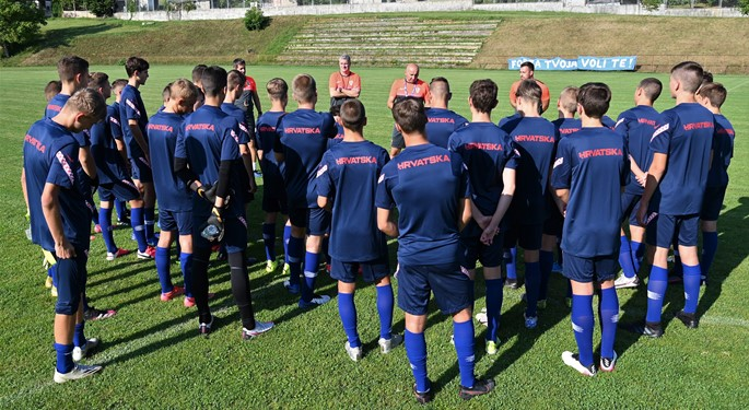 Ljetni kamp Hrvatske U-15 i U-16 u Karlovcu i Dugoj Resi