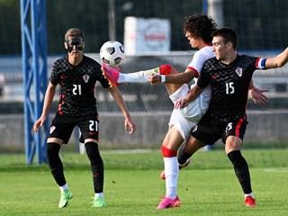 Hrvatska U-19 reprezentacija protiv Rusije, Švicarske i Bugarske