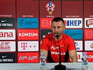 """Olić: """"Siguran sam da će nas navijači nositi do pobjede u Osijeku"""""""