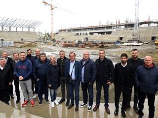 Delegacija HNS-a obišla gradilišta novog stadiona NK Osijeka i Sportskog parka u Belom Manastiru