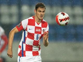 Josip Stanišić produžio ugovor s Bayernom