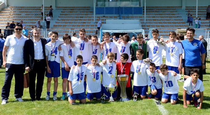 Šuker mladim Zadranima uručio trofej