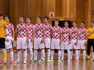 Hrvatska sa Španjolcima i Česima